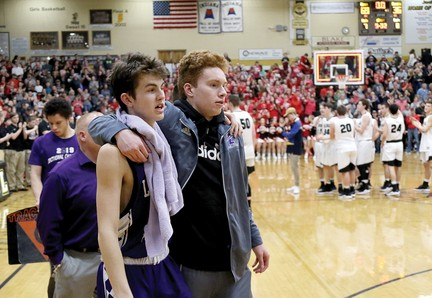 Eagles unable to slow Barr-Reeve