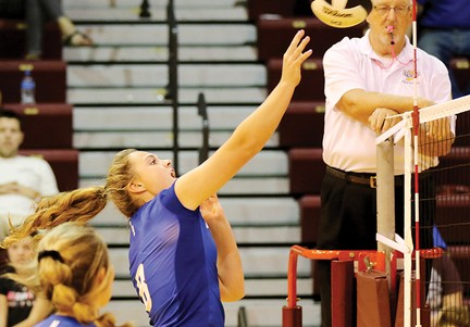 Lady Cats complete sweep of South Central