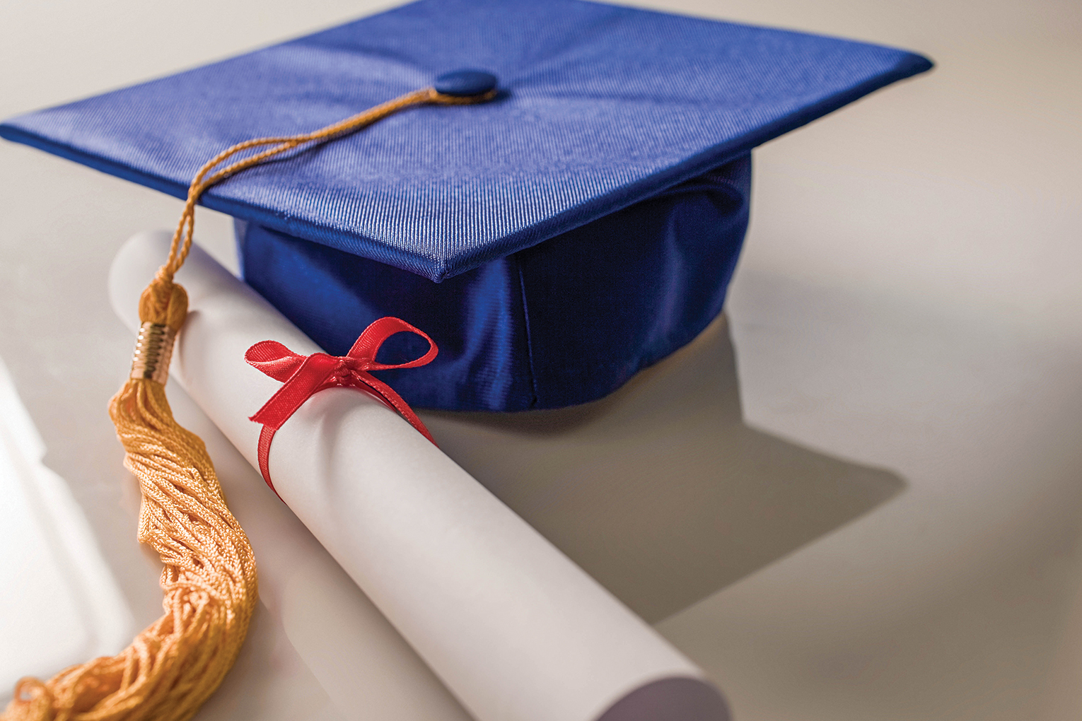 9 named co-valedictorians at NH