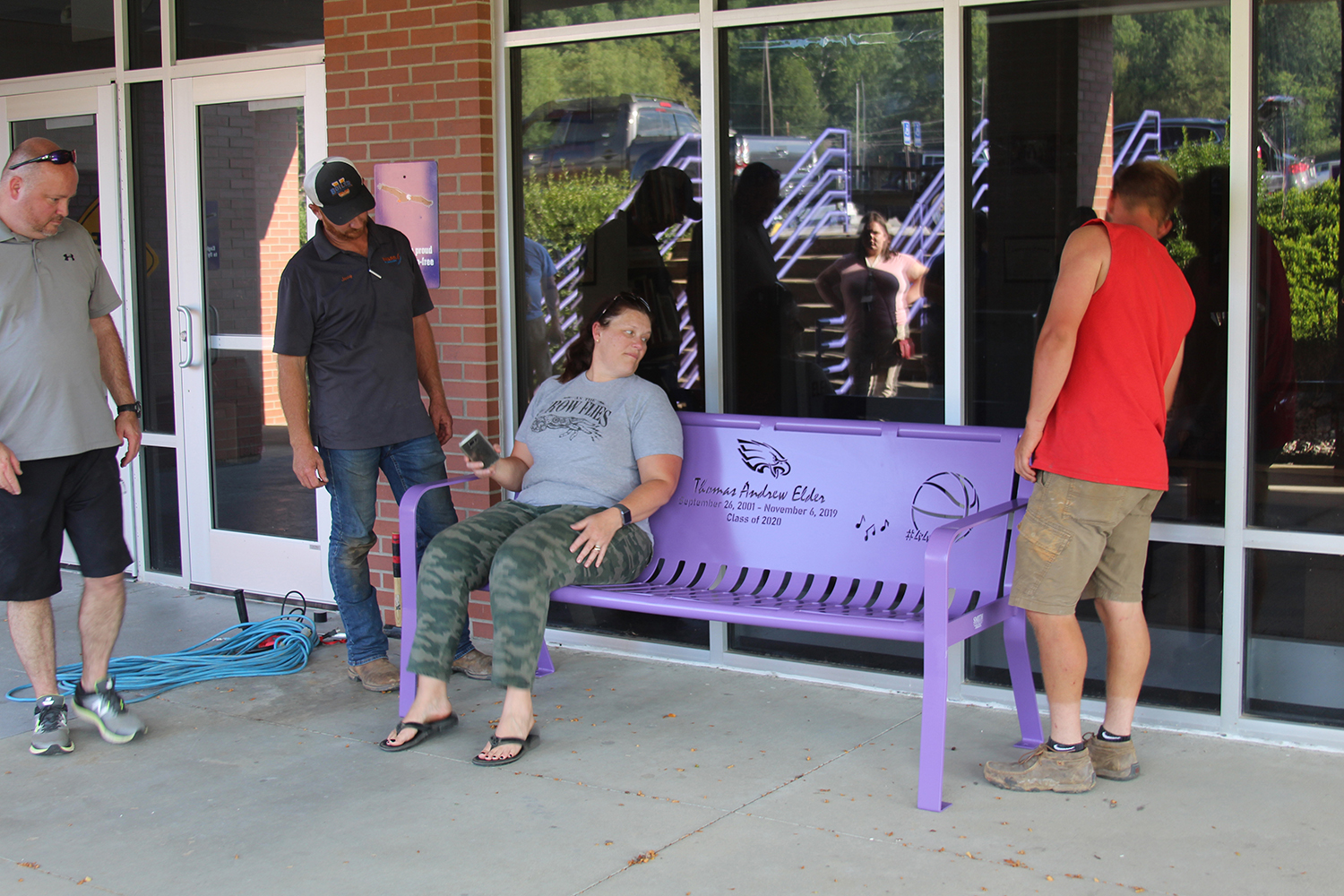 Bench placed at school as reminder of Elder