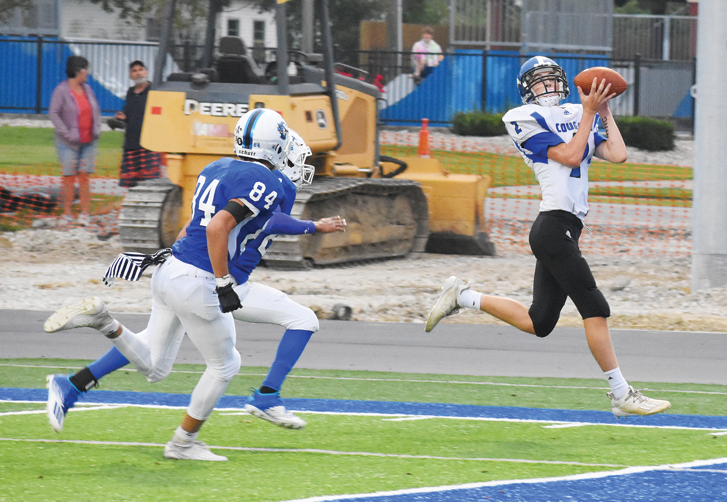Cougars 'implode' on road at Charlestown