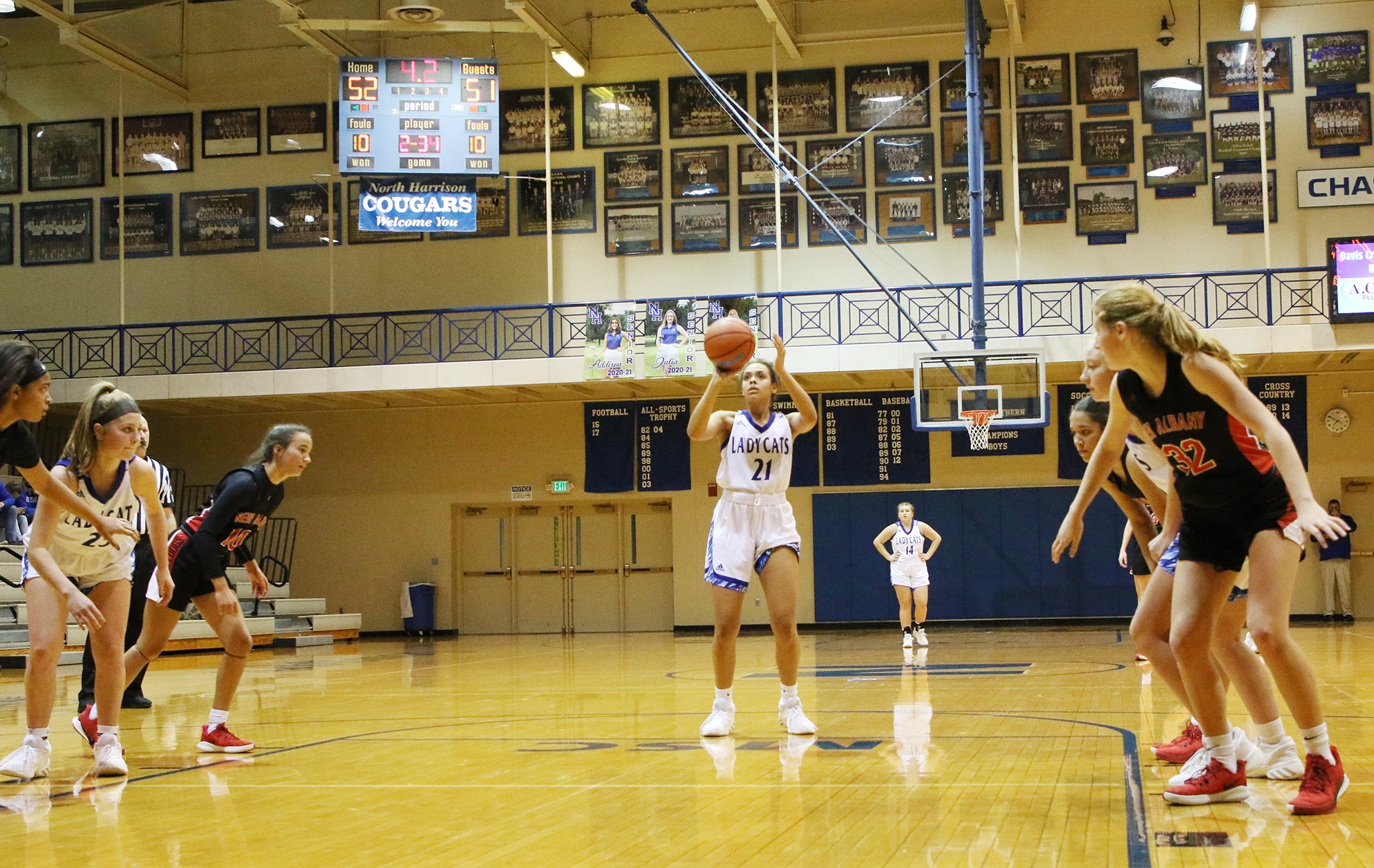 Free throws save Lady Cats against NA