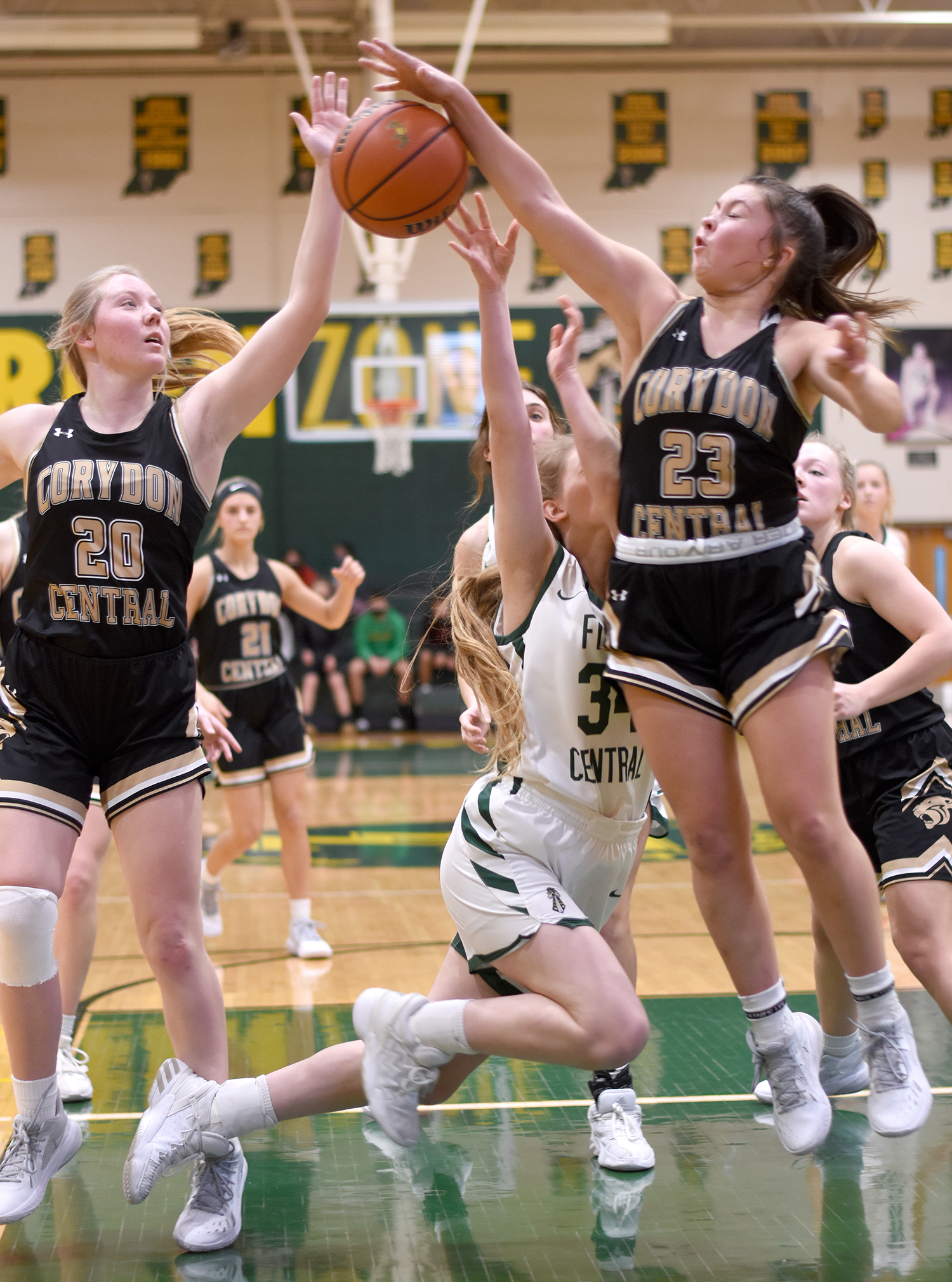Lady Highlanders best Lady Panthers