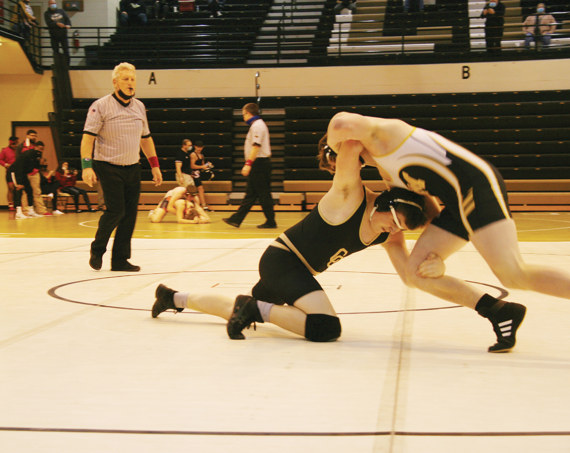 5 CC grapplers place in Old Cap