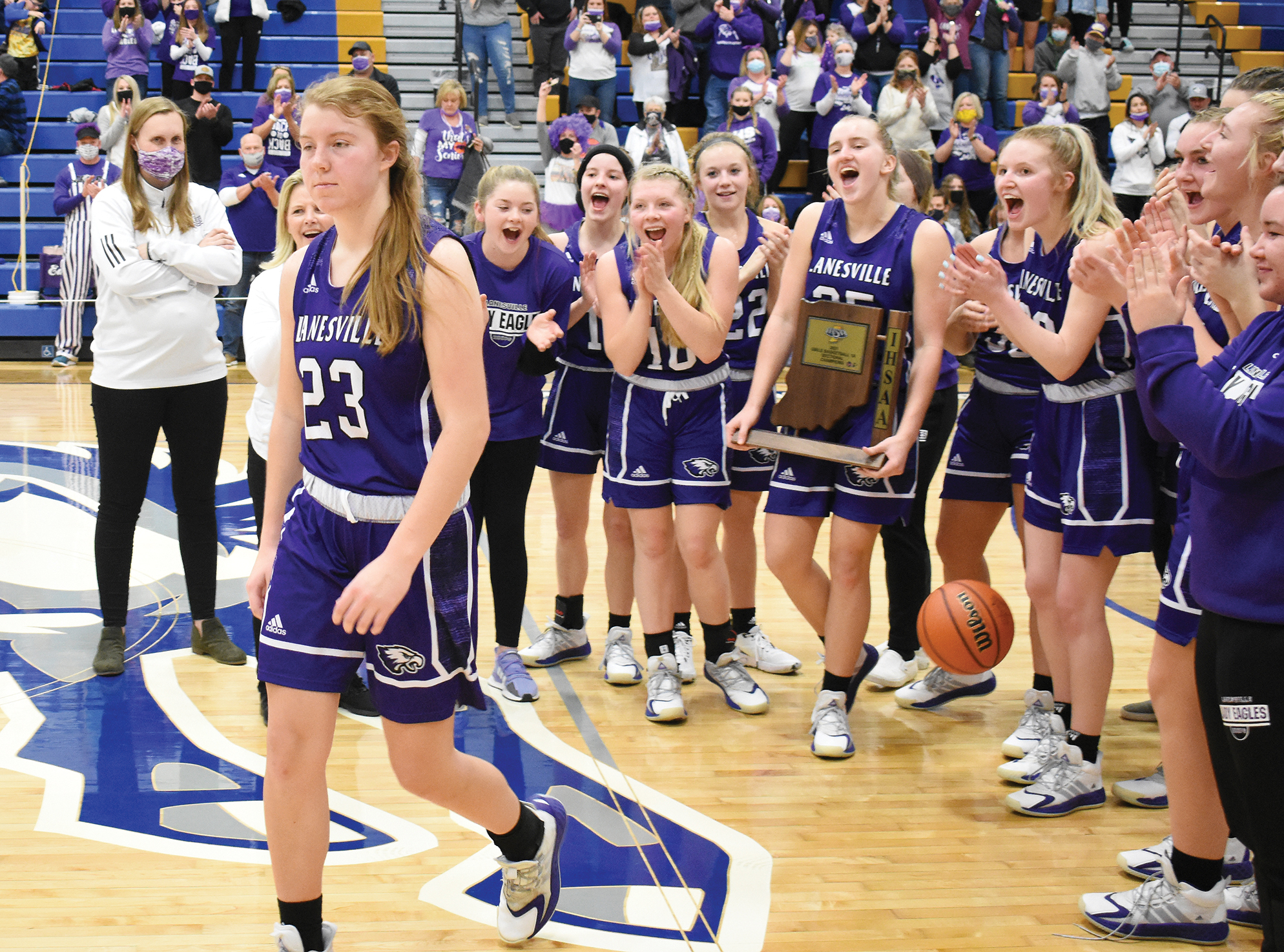 Lady Eagles soar as sectional champions