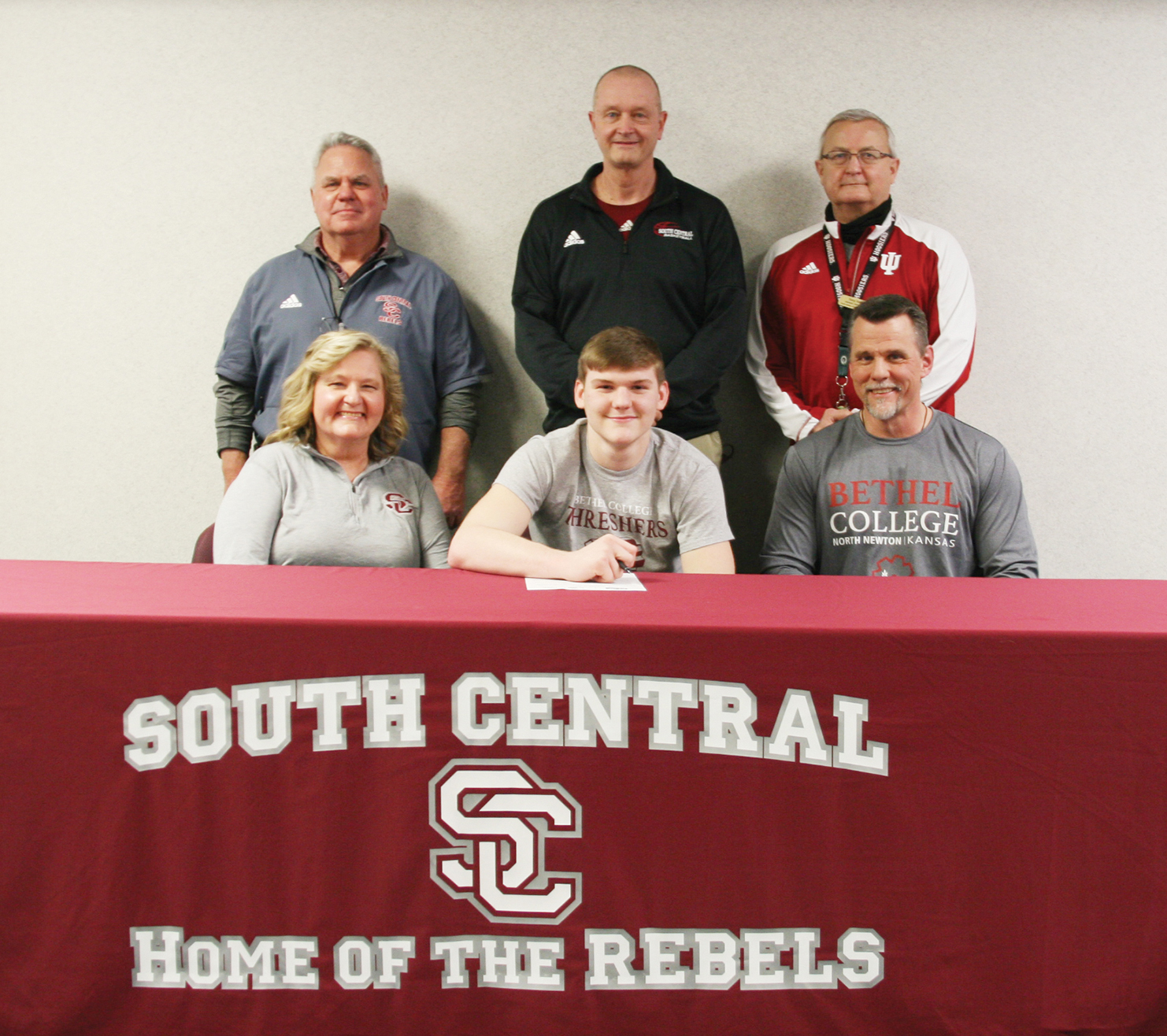 Stewart to play for Threshers at Bethel