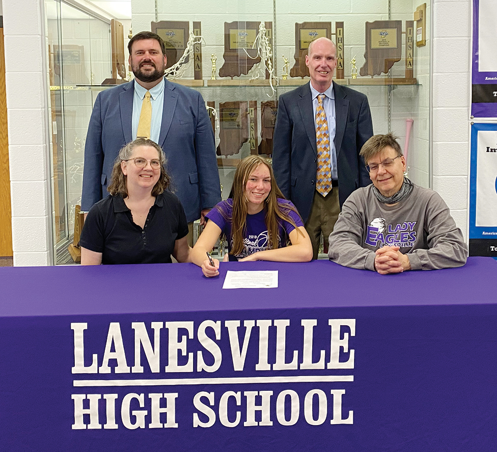 Coomer to continue track and field