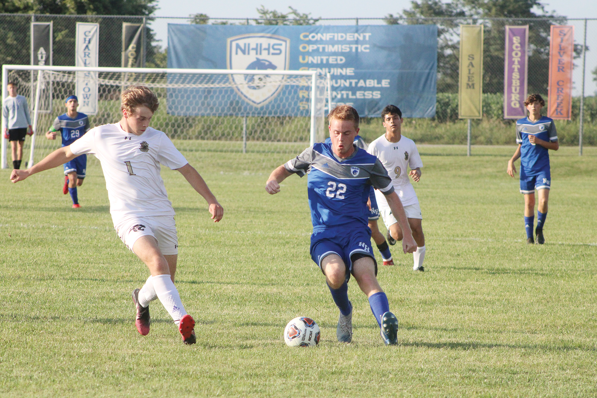 Early goals lift Cougars over Panthers, 3-0